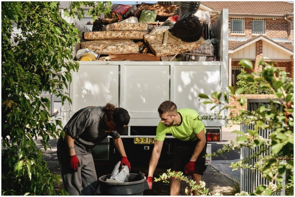 rubbish removal company removing Newspapers and magazine rubbish